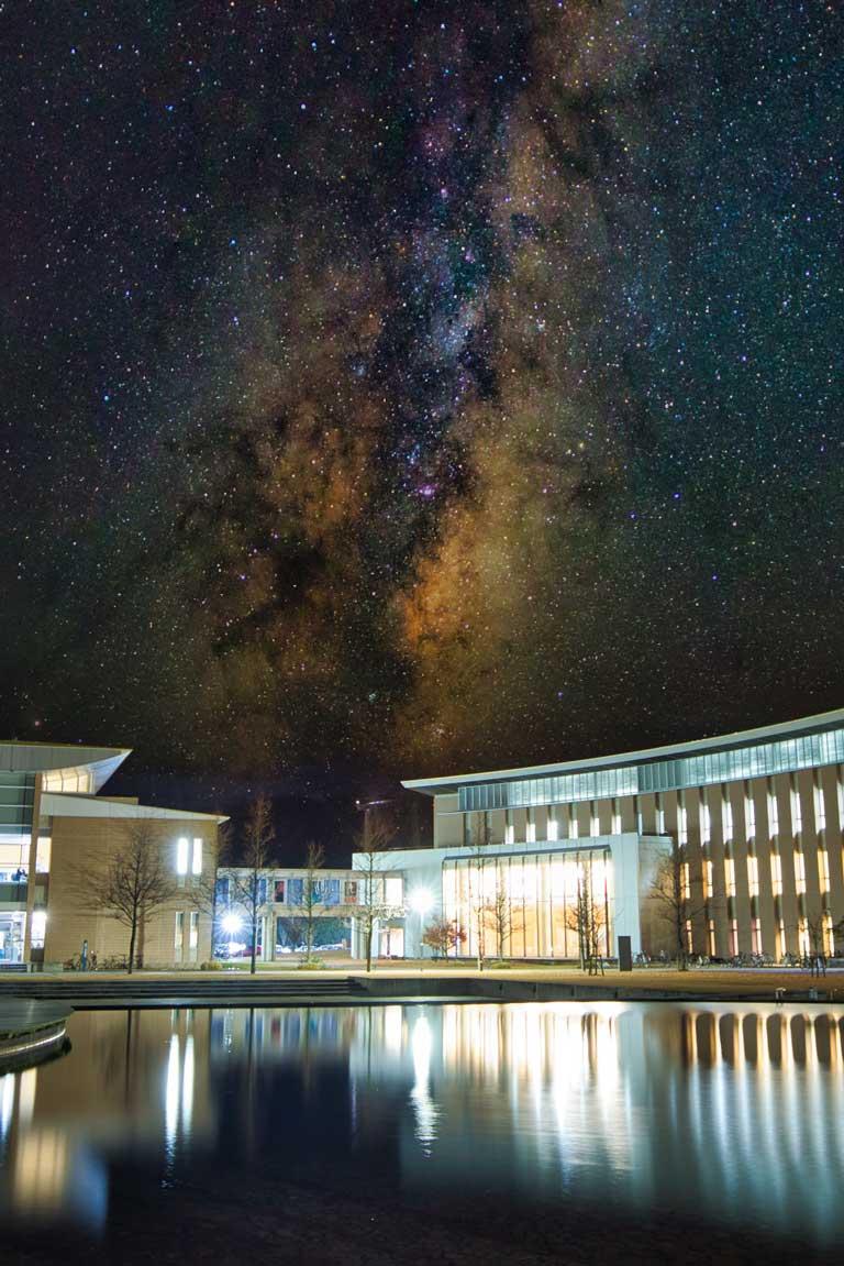 秋田県立大学夜景